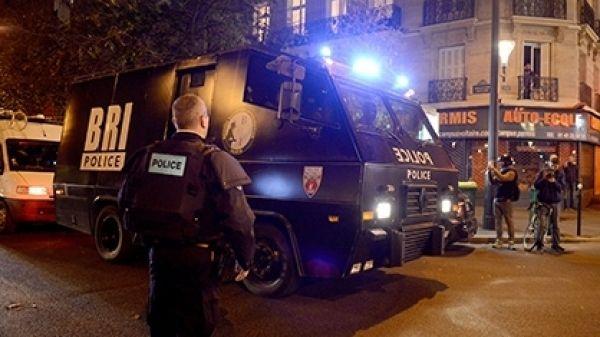 Олланд заявил, что Франция будет беспощадной ктеррористам