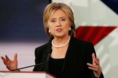 Нам следует объединиться, чтобы побороть терроризм— Клинтон