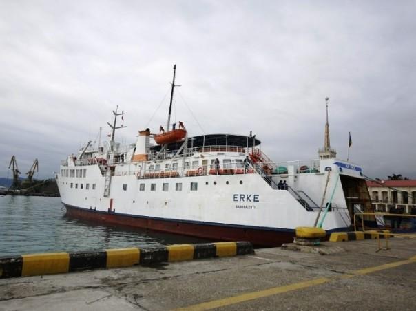 Турецкий паром будет ходить вСкадовск вместо Севастополя