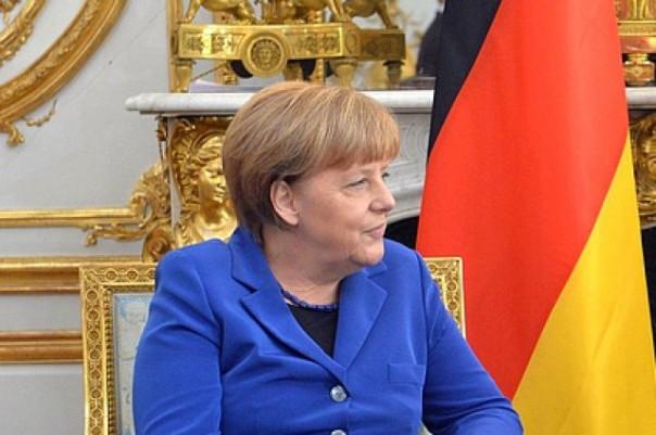 Меркель: Германия исключает операцию в Сирии совместно с Асадом