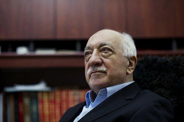 США нестанут выдавать Гюлена Турции для улучшения отношений сЭр-Риядом