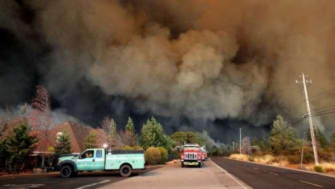 Майли Сайрус показала разрушенный пожаром дом