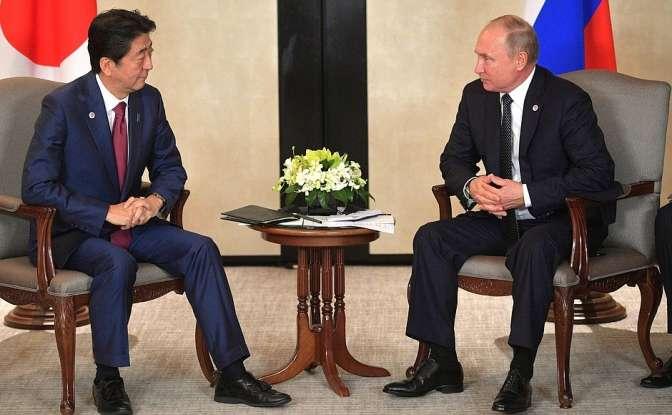 Абэ пообещал заключить мирный договор наоснове доверия сПутиным