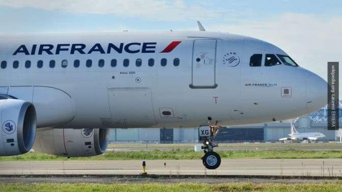 Boeing 777 экстренно сел вИркутске из-за задымления