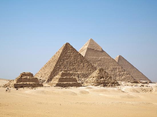 Врайоне египетских пирамид взорван туристический автобус, есть жертвы
