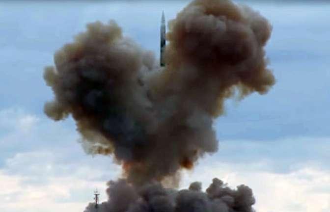 Путин объявил, что русская армия первой вмире получила сверхзвуковое оружие