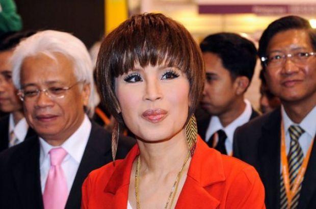 Сестра короля Таиланда решила идти впремьеры: монарх возмутился