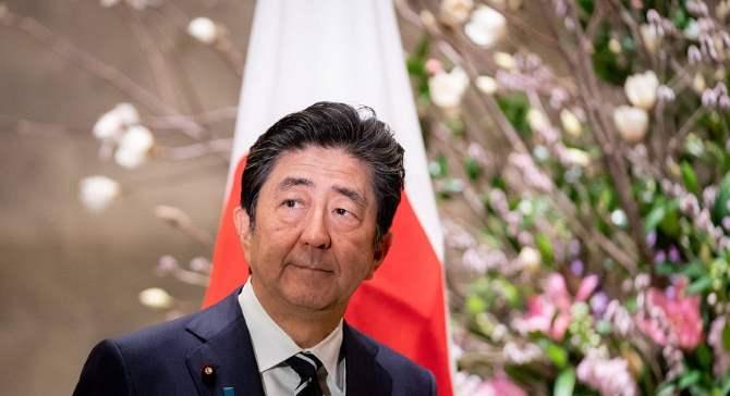 Абэ пообещал продолжить активные переговоры помирному контракту сРоссией