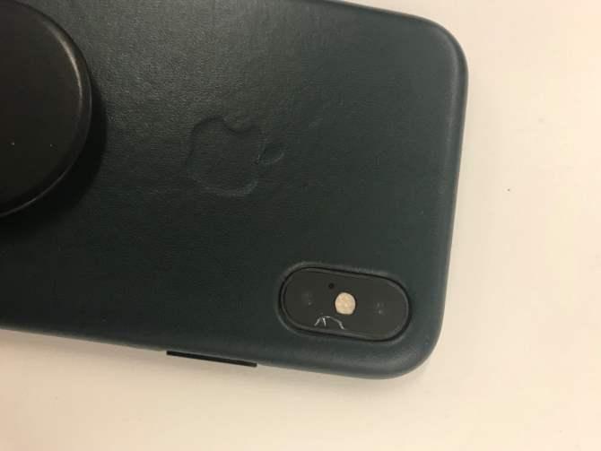 Изпоколение впоколение. УiPhoneXS иXS Max трескаются камеры