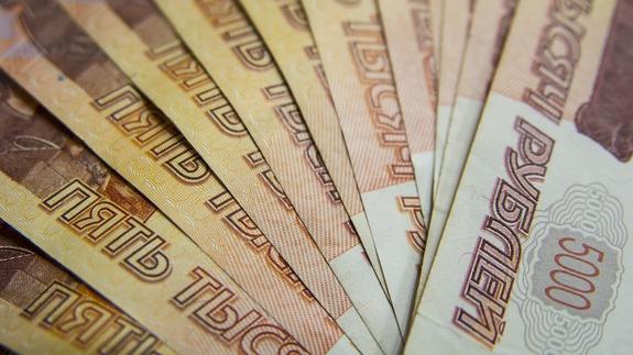Песков сказал, сколько получают работники пресс-центра президента