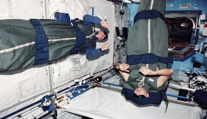 Интересный факт: Космонавты не способны храпеть в состоянии невесомости