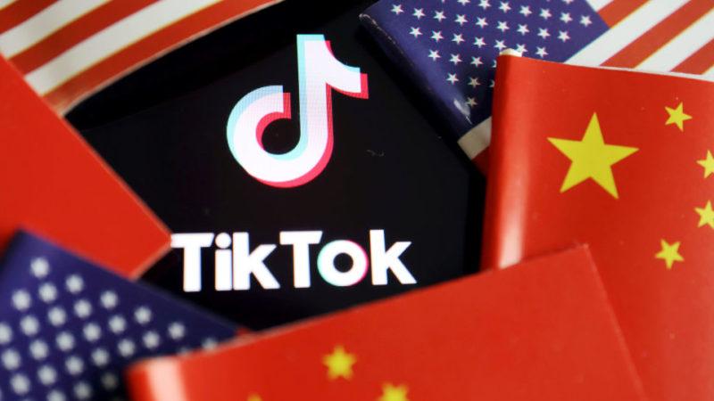 Китай решительно возражает против решения США запретить загрузку TikTok и WeChat