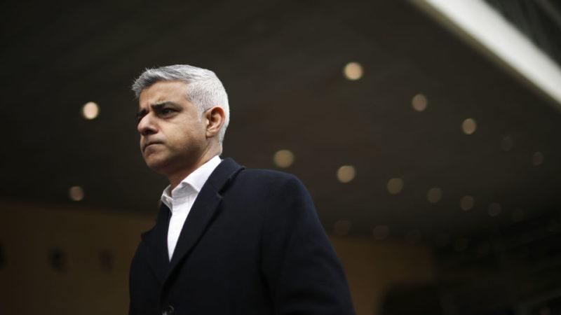 Мэр Лондона заявляет, что не разговаривал с премьер-министром несколько месяцев, поскольку Великобритания переживает «самый большой кризис» со времен Второй мировой войны