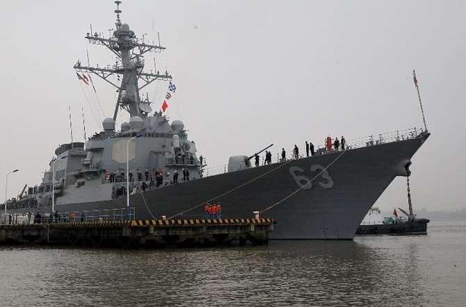 Боевой корабль США демонстративно приблизился кВладивостоку— Бросил вызов