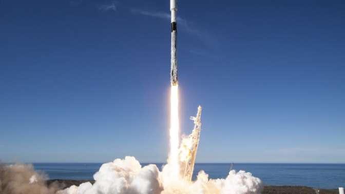 Ступень ракеты Falcon 9 упала вокеан при попытке возвращения накосмодром