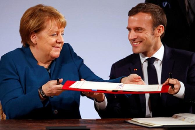 Меркель иМакрон подписали новый договор одружбе между ФРГ иФранцией